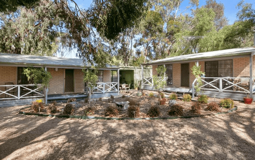Barossa Country Cottages – Lyndoch (Barossa Valley) dog friendly hotels SA