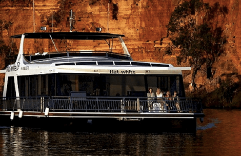 White Houseboats – Mannum (Murraylands)